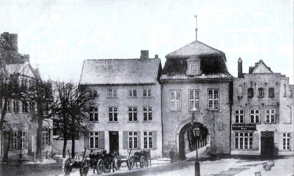 Im alten Zolln Lübeck - history